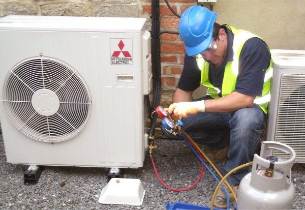 Cách bơm gas máy lạnh