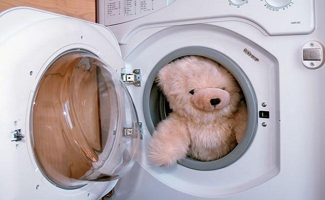 Cách giặt thú nhồi bông bằng máy giặt tại nhà